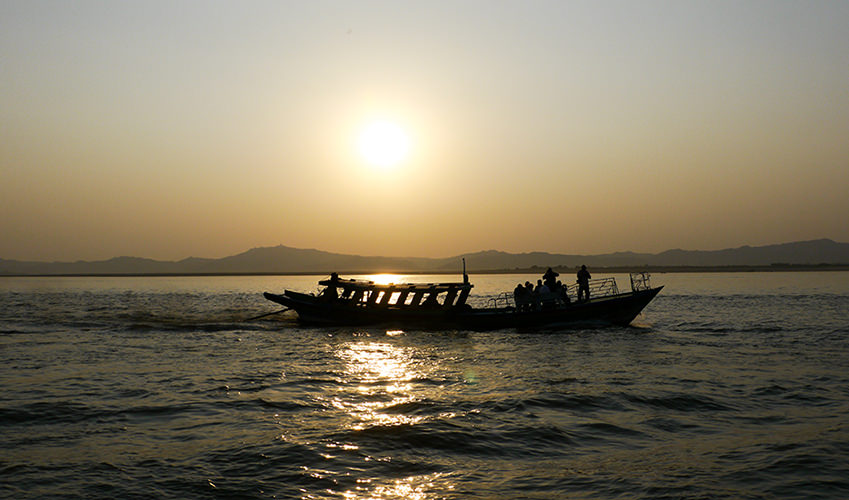 Sunset Boat Irrawaddy Bagan